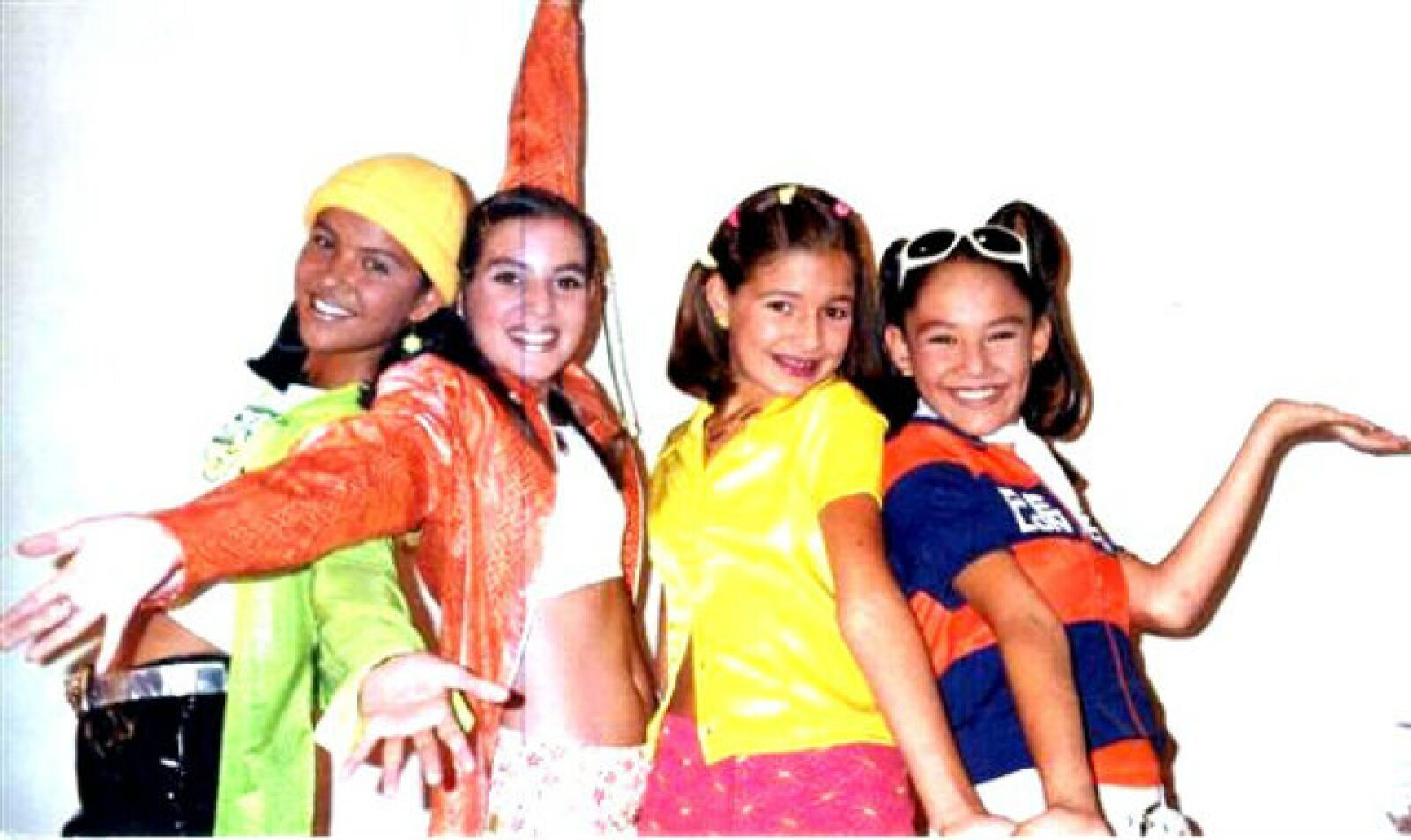 Paty, Angie, Litzy y Tabatha en su debut en 1996.
