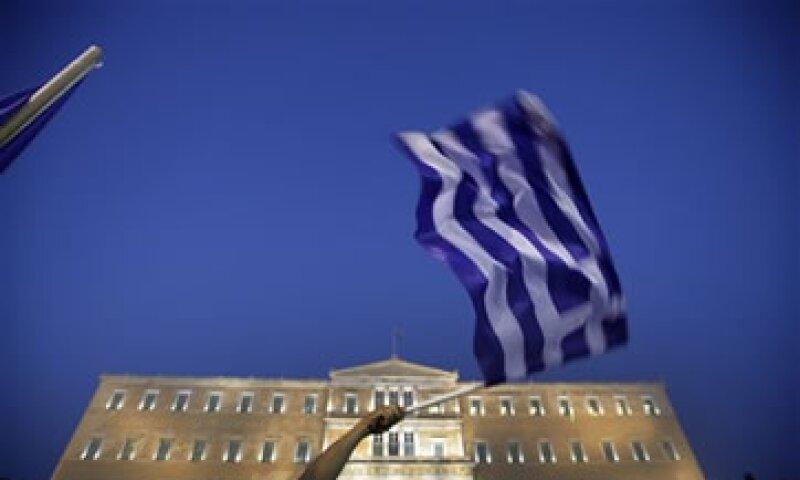 Grecia acordó imponer un impuesto coyuntural de solidaridad que va del 1% al 5% según los ingresos. (Foto: AP)