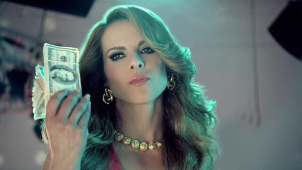 Kate del Castillo en Dueños del Paraíso, serie de Telemundo.