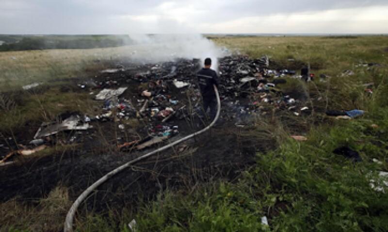 El número total de muertos supera los 300, según el Gobierno de Ucrania. (Foto: Reuters)