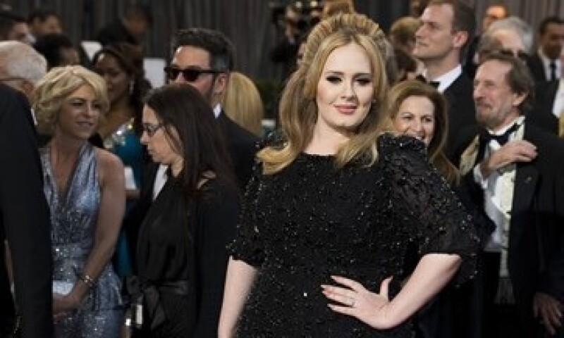 La cantante dejará en línea sus otros dos álbumes. (Foto: CNN )