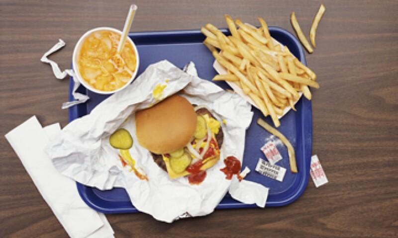 La iniciativa también busca combatir la obesidad, afirma el partido. (Foto: Getty Images)