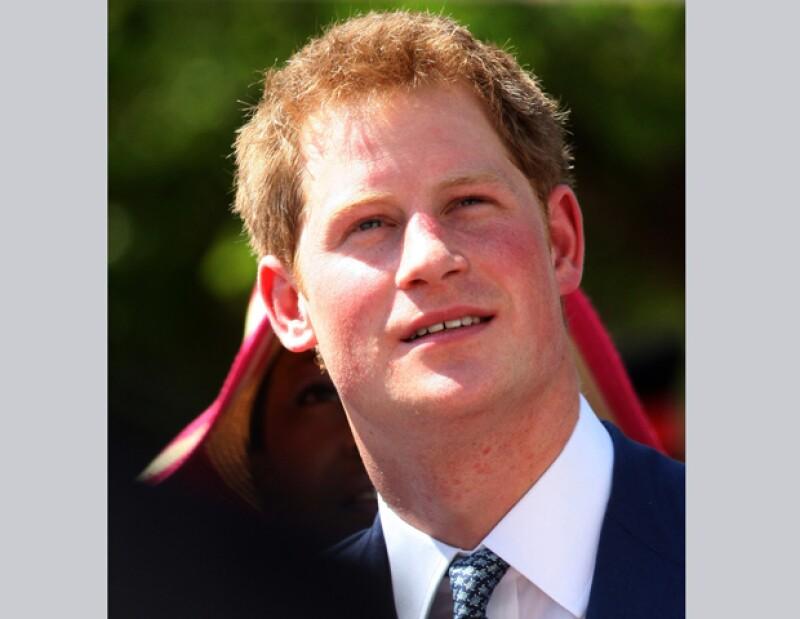 Después de la ajetreada visita que hizo el tercer heredero a la corona británica al Caribe y Brasil, el príncipe de 27 años decidió mudarse al Palacio de Kensington.