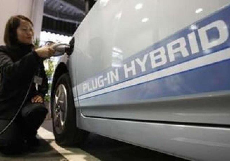 El Toyota Prius híbrido se distribuirá en Japón, Estados Unidos y Europa. (Foto: Reuters)