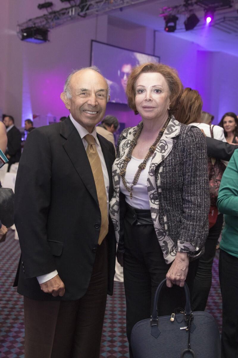 Clemente Serna acompañado de su esposa Maria Luisa Barrera