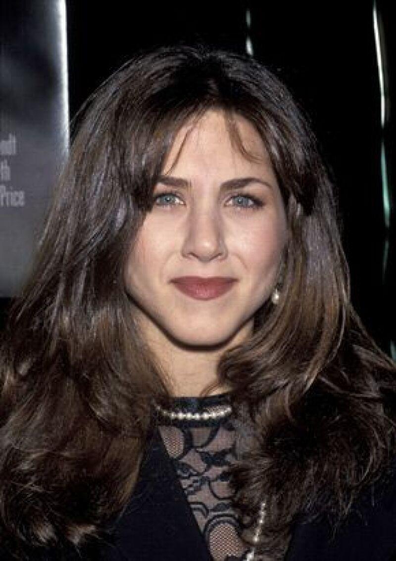 En 1990 se mudó a Hollywood, donde recibio su primera oportunidad en la serie Molly.