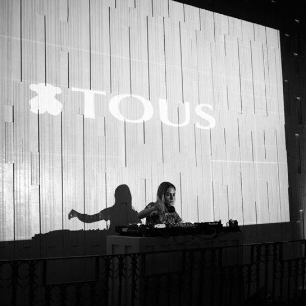 TOUS-x-ELLE-DJ-Mely-Cantu