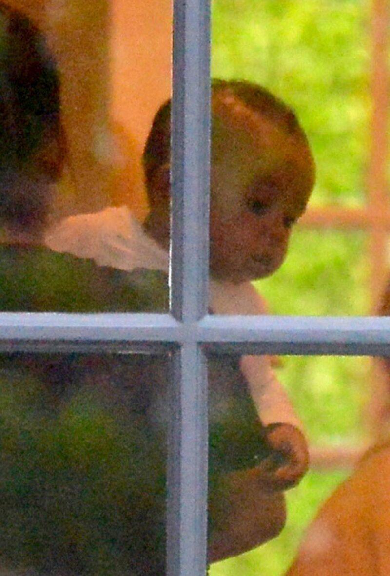 El hijo menor de Kim Kardashian y Kanye West fue captado por los paparazzi por primera vez en un playdate, únicamente con su nana.