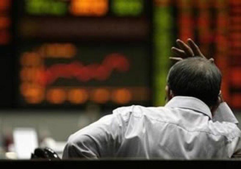 Malos resultados corporativos también influyeron en la caída de las Bolsas europeas. (Foto: Reuters)