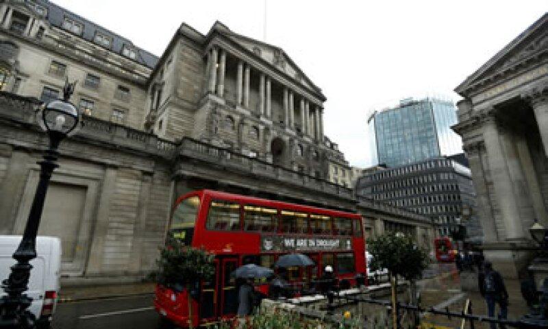 El creciiento económico en Gran Bretaña también se vio afectado por la conmemoración  los 60 años de la Reina Isabel en el trono. (Foto: AP)
