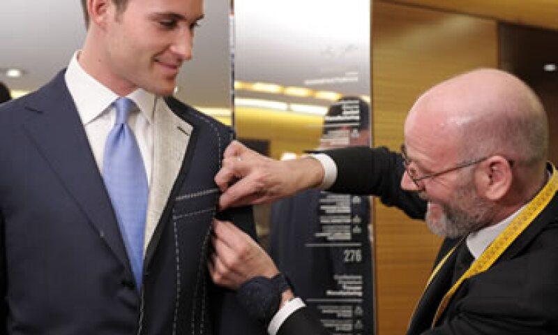 e73527c78 Aprende a diferenciar entre un buen traje y uno del 'montón'