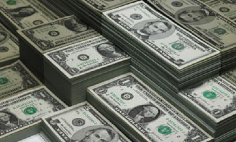El tipo de cambio podría oscilar en un rango de 13.27 y 13.36 pesos por dólar, según Banco Base. (Foto: Getty Images)
