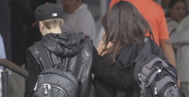 Justin siempre está al pendiente de Selena.