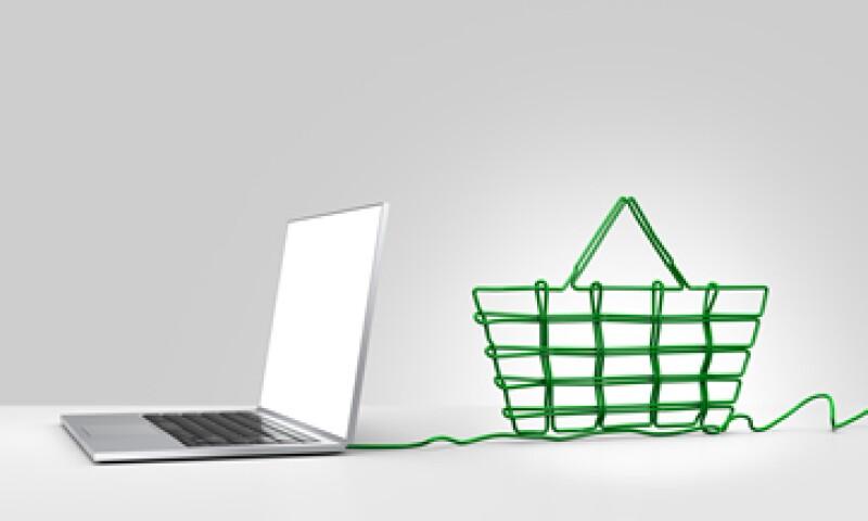 Antes de adquirir un producto de un sitio en internet verifica que tenga la palabra https junto a su dirección electrónica. (Foto: Getty Images)