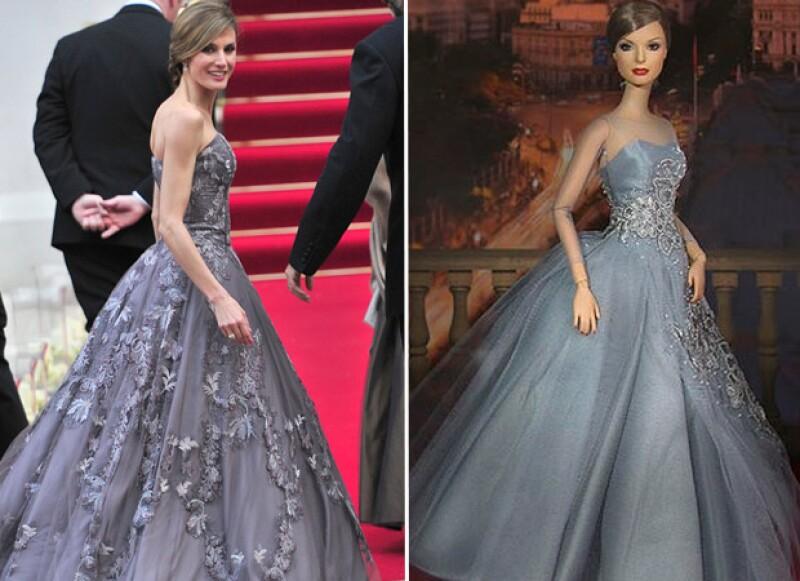 La reina de España, reconocida por su buen estilo, fue convertida en muñeca por la compañía rusa AFD Group y es la pieza más esperada en un convención de coleccionistas de muñecas.