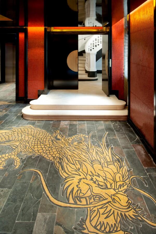 69174081-H1-Lobby_Dragon_-_Buddha_Bar_Hotel_Paris_P.jpg