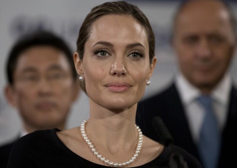 Su autenticidad y su preocupación por la vida de los demás, ha hecho de la actriz una de las mujeres más ejemplares del Showbiz; sobre todo ahora que hizo pública la mastectomía que se realizó.