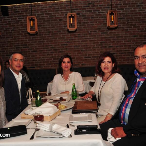 Mónica Garduño,Isaac Rubio,Brenda Flores,Zaida Flores y Juan Andres Garduño