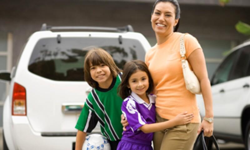 El seguro para jefas de familia costará entre 300 y 600 mdp al año. (Foto: Getty Images)