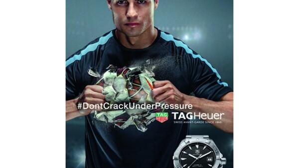 La casa relojera elige al tres veces ganador del Balón de Oro como imagen de la campaña #DontCrackUnderPressure. Además, crean un reloj en conjunto.