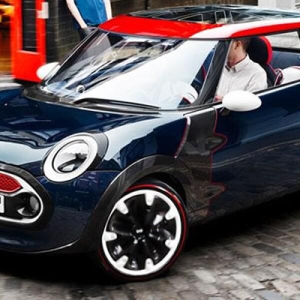 El MINI Rocketman London 2012 Concept es un tributo a la capital donde se realizarán los juegos Olímpicos de este año.