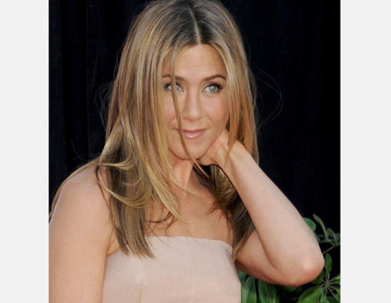 De acuerdo con la revista OK! Magazine, la actriz parece haber encontrado el lugar indicado, ya que éste cuenta con una preciosa casa en un gran terreno para más de 100 invitados