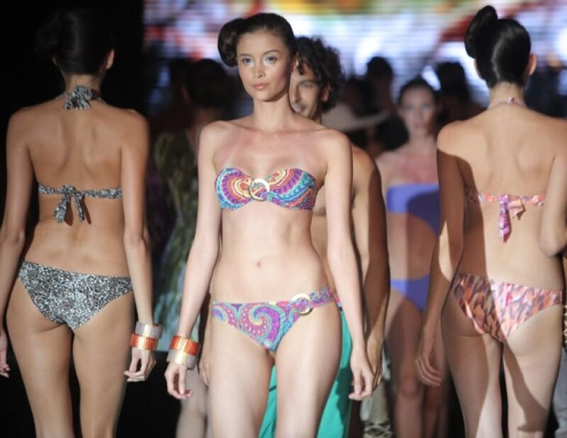 Ayer por la noche se llevó a cabo el fashion show donde la modelo Irina Shayk fue la protagonista. Durante el evento siete diferentes diseñadores mostraron sus propuestas.