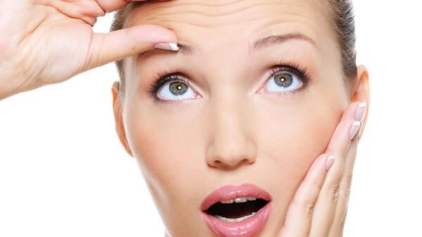 Ya sea que quieres evitar que salgan o que ya empezaste a notarlas, todavía estás a tiempo de desacelerar su aparición. Aplica estos tips para deshacerte de las arrugas.