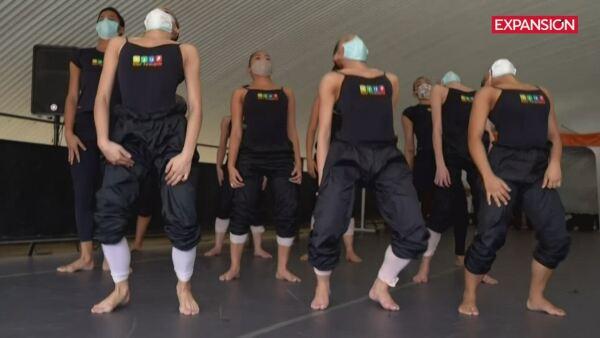 Una favela brasileña usa al ballet para denunciar la violencia policial