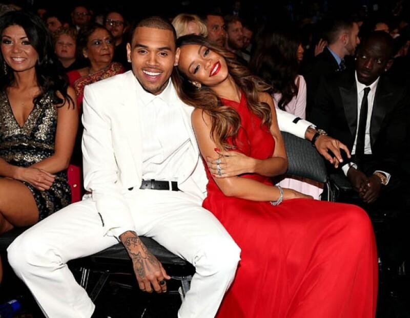 Aseguran que la cantante y su novio Chris Brown podrían estar planeando una salvaje fiesta de despedida de solteros.