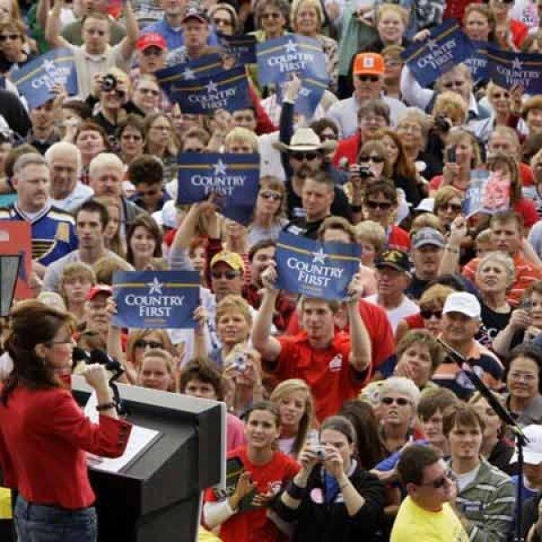 A Sarah Palin se le acabó la fuerza. Primero, cuando se anunció que iba por la vicepresidencia con McCain, los republicanos retomaron fuerza, a tal grado que rebasaron a Obama. No les duró mucho.