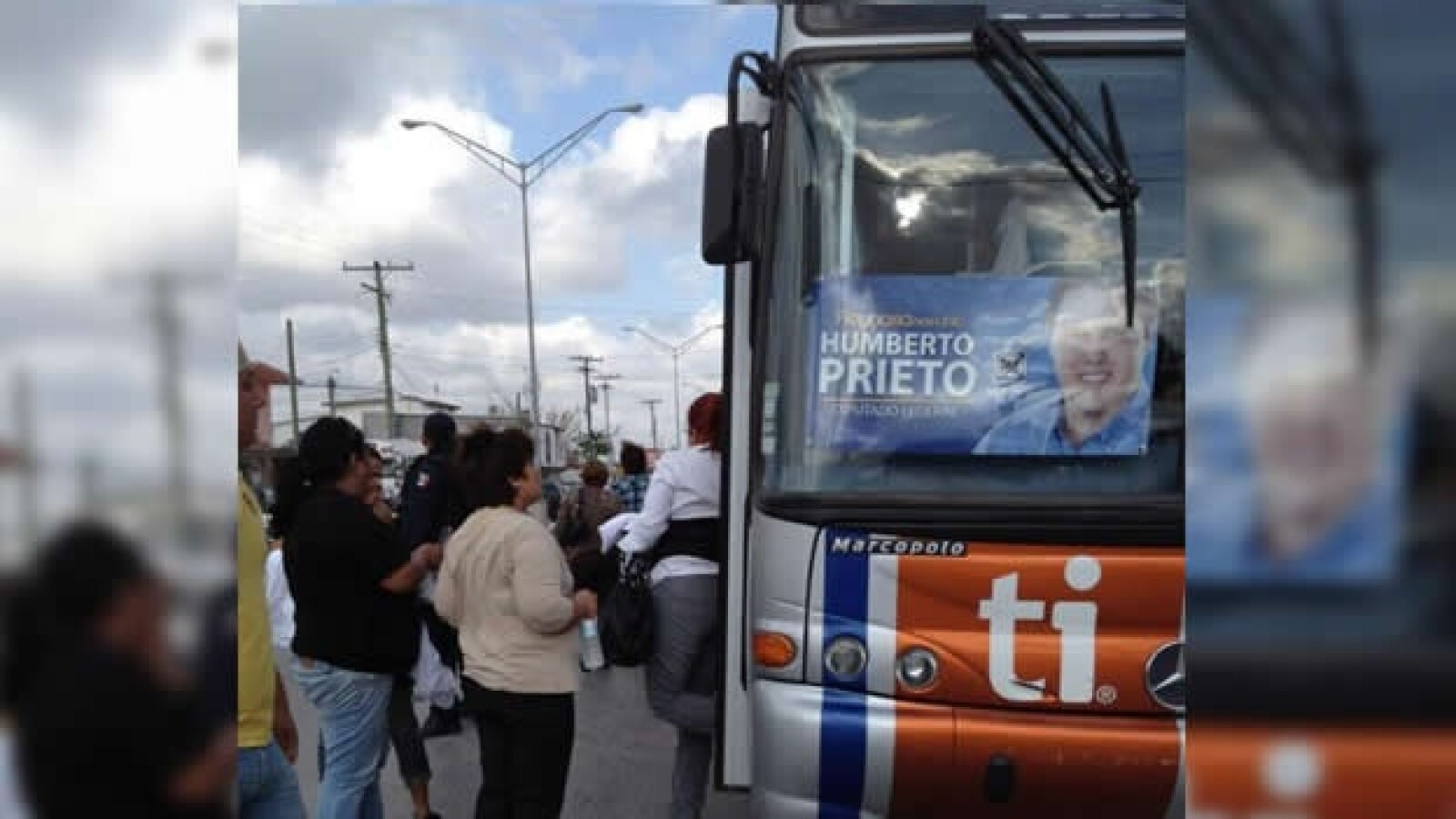 transporte para el evento de vazquez mota en tamaulipas
