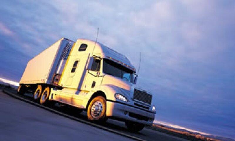 La empresa realizará el primer viaje hacia Estados Unidos con un camión marca Freightliner. (Foto: Cortesía Freightliner.com)