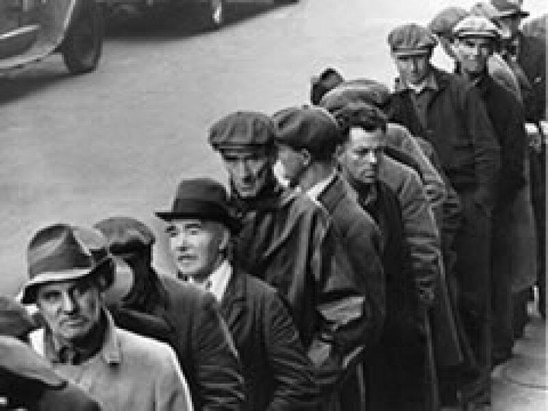 El desempleo cayó 25% durante la Gran Depresión, mientras que en la actual depresión ronda el 8%.  (Foto: AP)