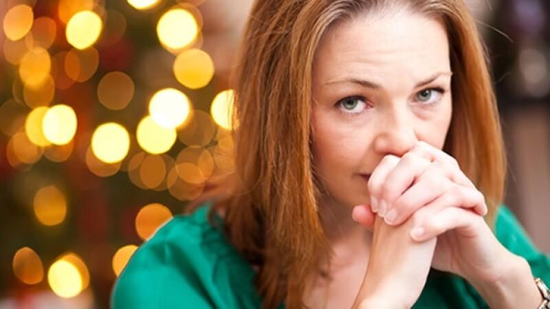 depresion navidad mujer preocupada