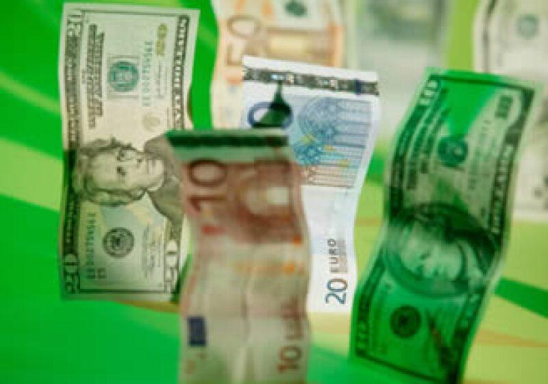 La moneda utilizada en la zona euro ha caído más de 15% frente al dólar en lo que va del año. (Foto: Jupiter Images)