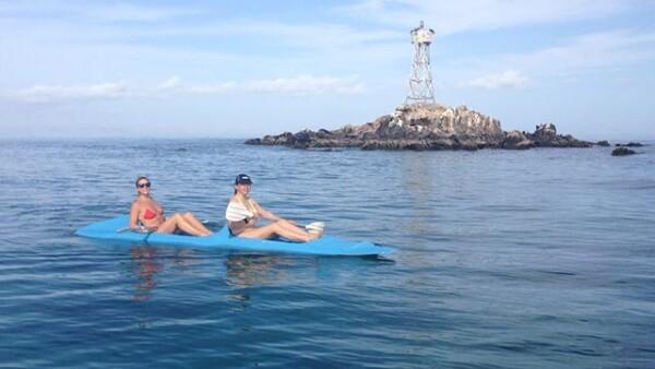 Disfrutando de las actividades en el mar