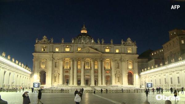 La Basílica de San Pedro tiene nueva iluminación