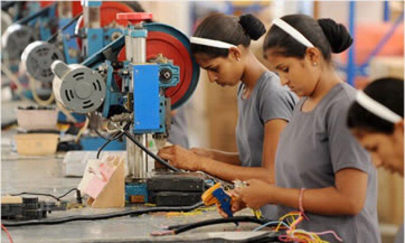 El crecimiento económico de India se desaceleró fuertemente en los primeros tres meses de 2012. (Foto: Cortesía CNNMoney)