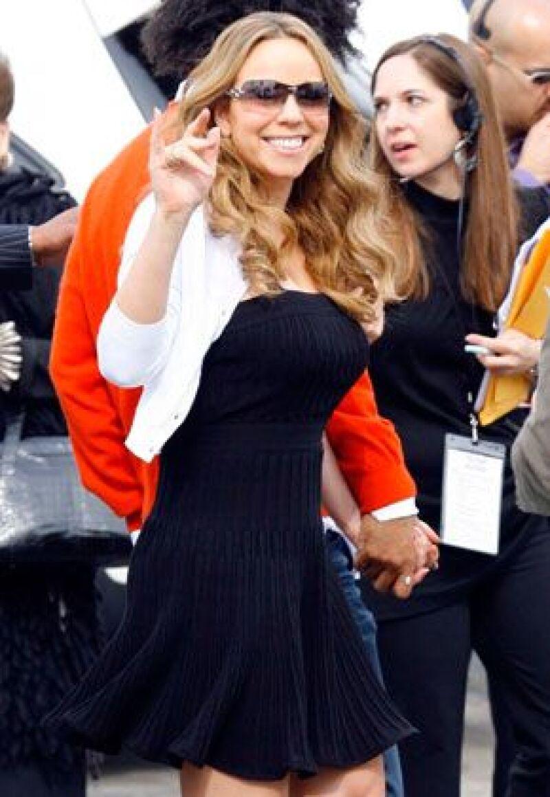 La cantante de música pop desea mudarse de Nueva York y comprar la residencia más cara de Beverly Hills.