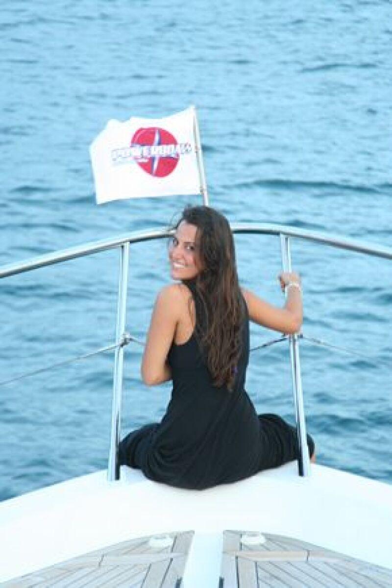 Natalia Padilla disfrutó de la brisa del mar durante el recorrido.