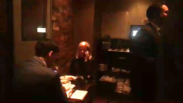 La secretaria de Defensa Nacional de EU es hostigada al cenar comida mexicana
