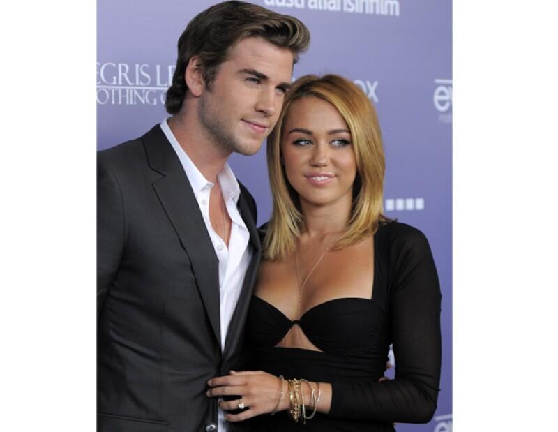La cantante estadounidense expresó que uno de sus más grandes deseos ahora que una su vida al lado de Liam Hemsworth es convertirse en madre.
