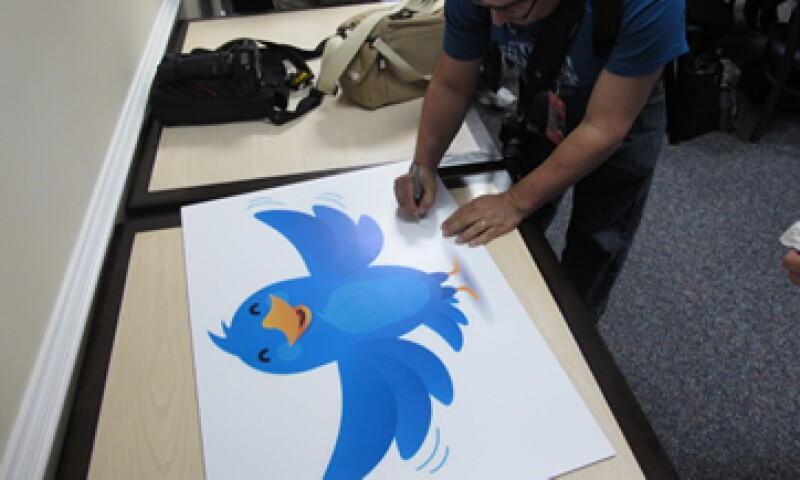 En el último año el servicio privado de micromensajería ha hecho de la integración de Twitter y la televisión una parte central de su estrategia. (Foto: AP)