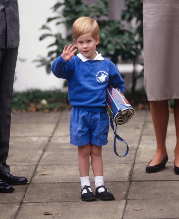 príncipe-harry-primer-día-clases.jpg.png