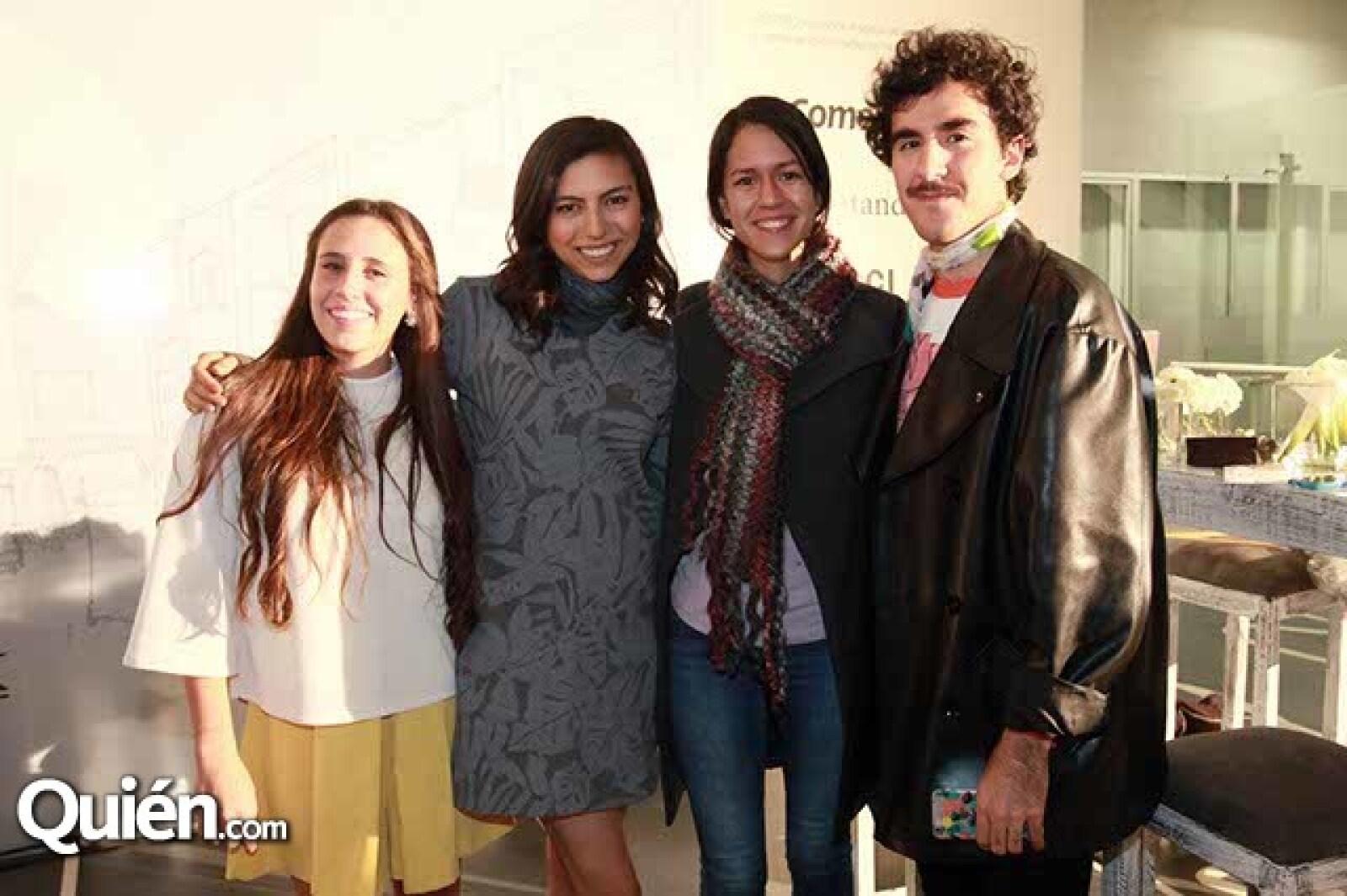 María Junoy,Ana Karen Garza,Mariana Martínez y Hugo Matula