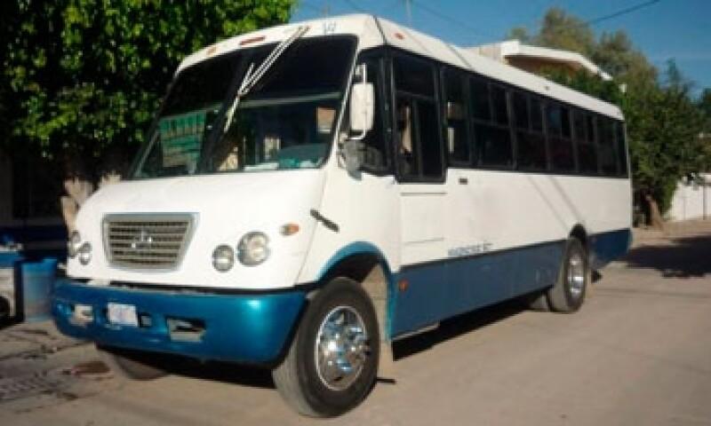 Camion-Pasajeros02