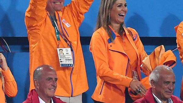 El Rey Guillermo Alejandro, la Reina Máxima y las Princesas Alexia, Ariane, y Amalia estuvieron durante varios días apoyando a los atletas de su país y tomándose fotos con ellos.