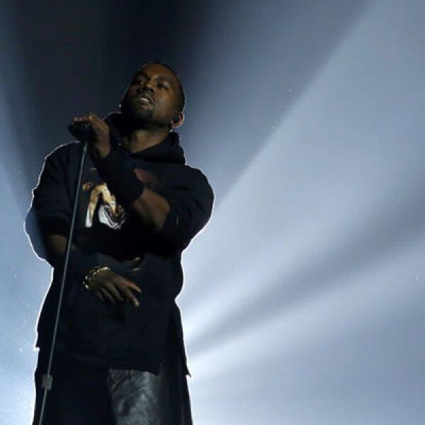 Sandy dejó durante semanas a millones de personas en varios estados sin electricidad ni calefacción. El hip hop corrió a cargo de Kanye West.