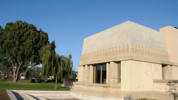 Hollyhock House-FLW